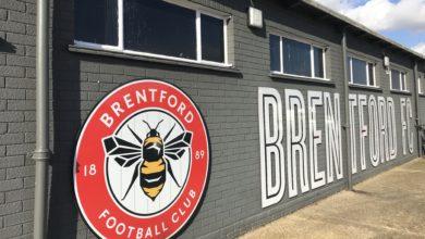 Photo of Kymmeniä miljoonia pelaajakaupoilla, xG-ajattelua ja laatua määrän sijaan – pian viisi vuotta Brentfordin poikkeuksellisesta päätöksestä